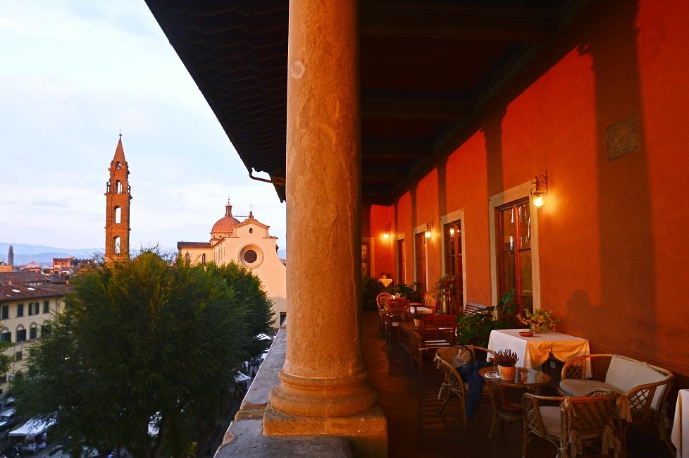 Palazzo Guadagni, aperitif deluxe in Florence