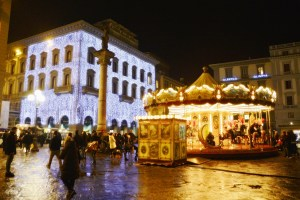 Streets of Florence at Christmas time - piazza della Repubblica