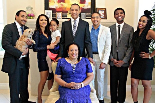 Ben Murray-Bruce's wife, Evelyn, laid to rest