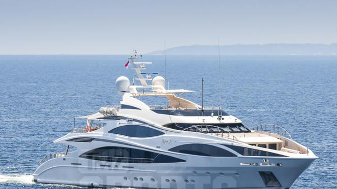 Cristiano Ronaldo splashes 8.5m on Bugatti Centodieci after buying luxury yacht for 5.5m