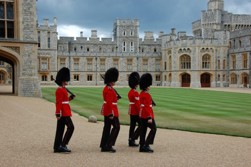 WindsorCastle_guards