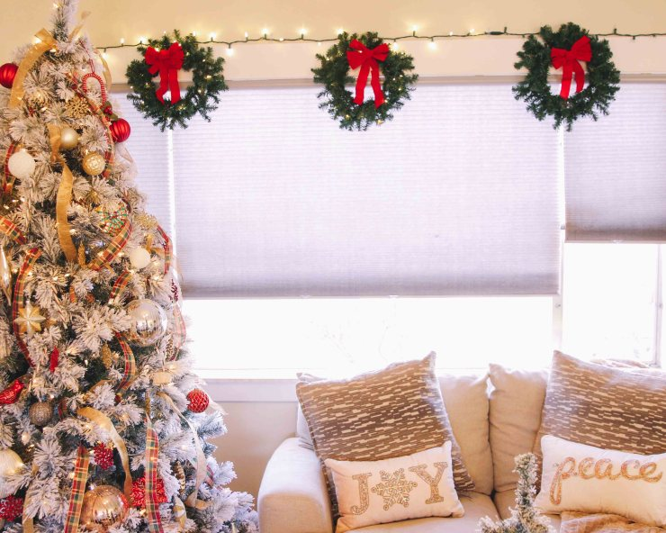 Bed Bath And Beyond Christmas Eve Hours.Living Room Holiday Decorations With Bed Bath Beyond