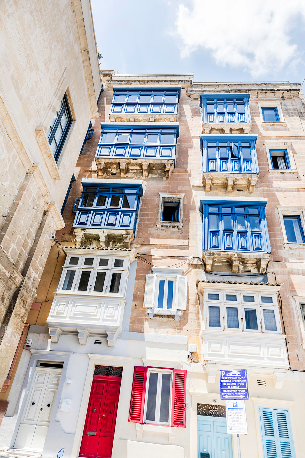 buildings in Malta
