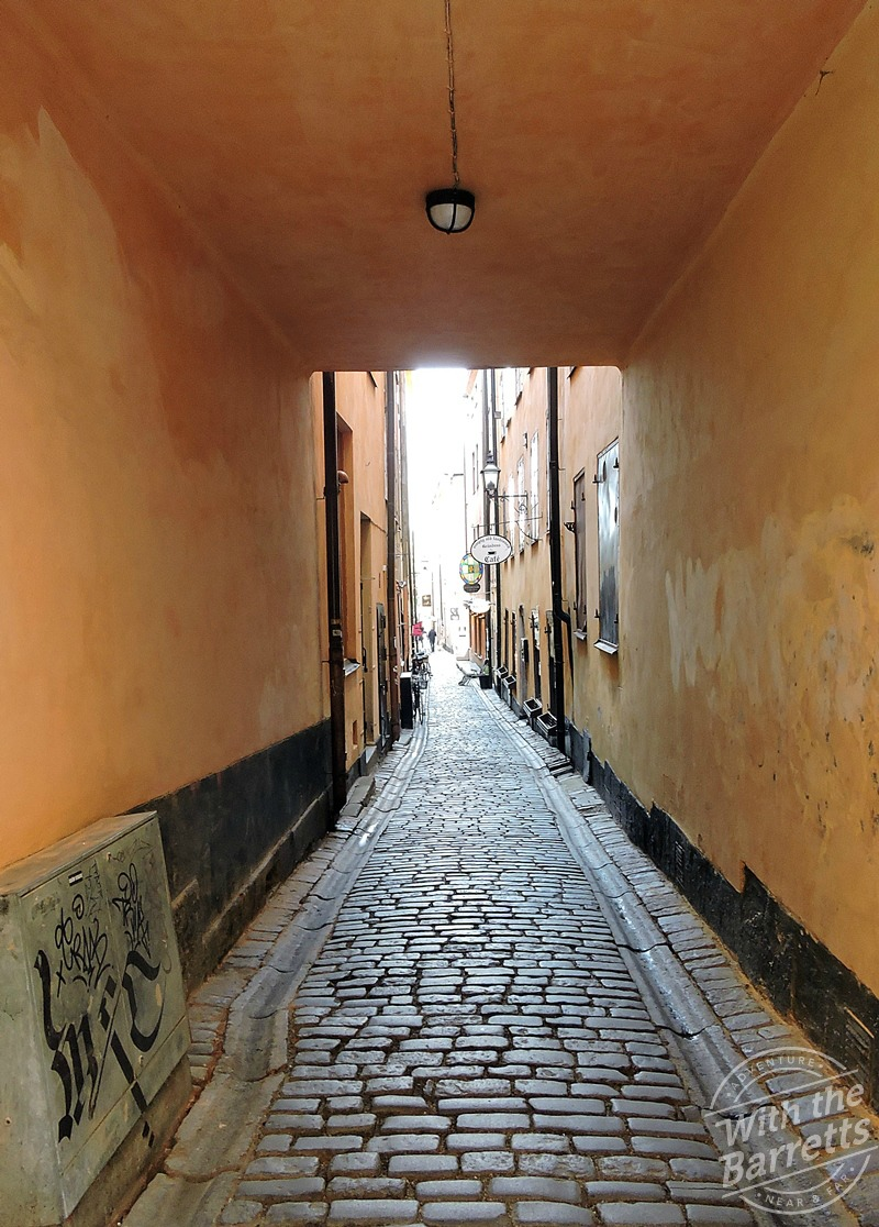 Gamla stan passageway