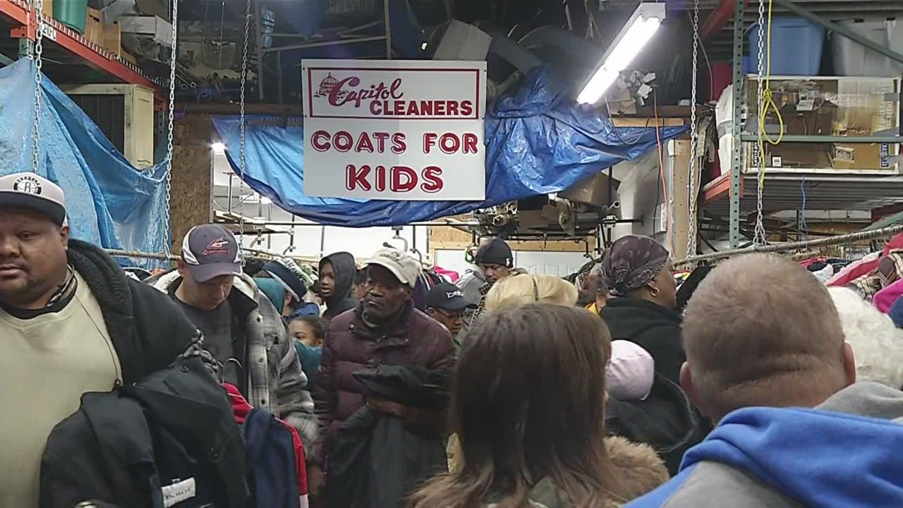 Search Distribution day kicks off in Niagara Falls in Coats 4 Kids campaign