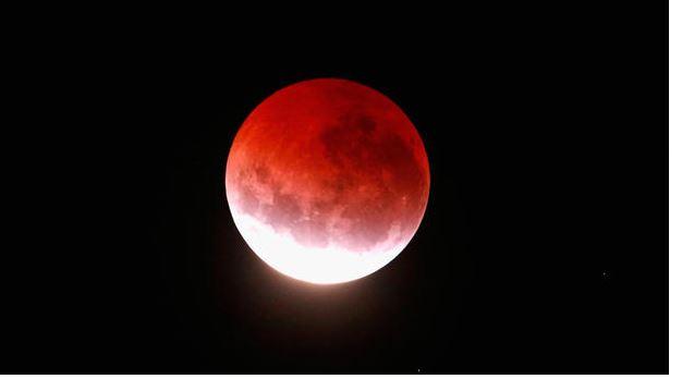 lunar eclipse_1532120783963.JPG.jpg