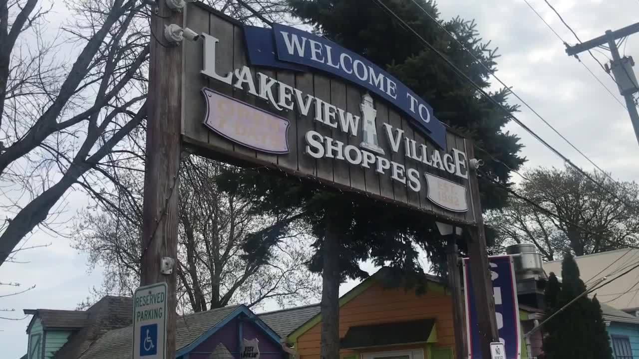 Lakeview Village Shoppes