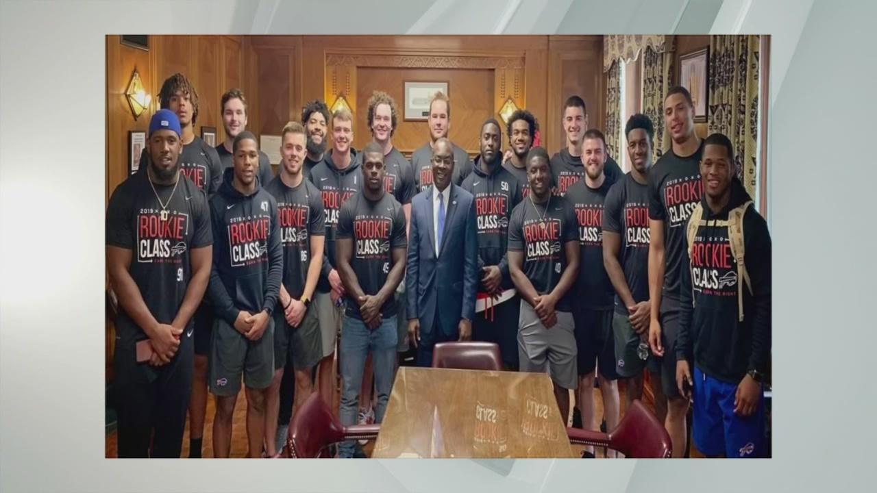 Mayor Brown meets Bills rookies