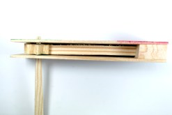 Matraca de madera 18 cm - Wiwi Fiestas de mayoreo