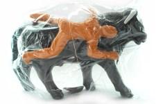 alcancia toro de plástico