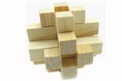tridimensional nudo gordiano Gallego el cual está compuesto de 12 piezas de madera