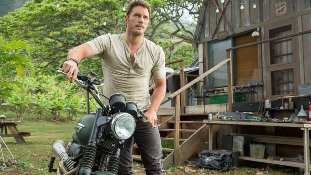 Chris Pratt Jurassic World_3200