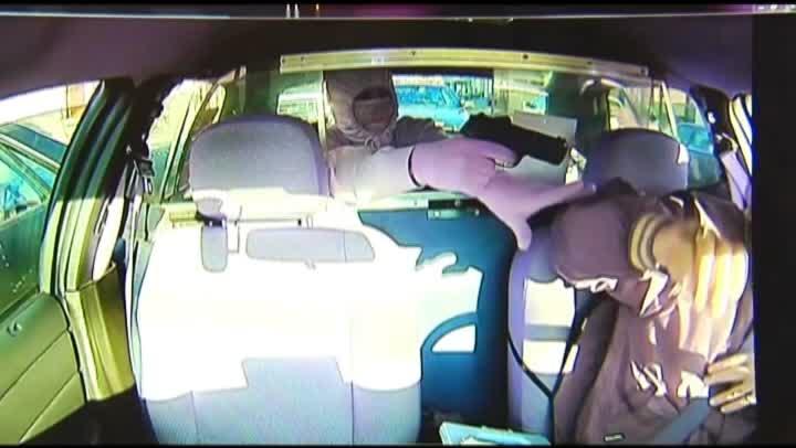CNN-Taxi-Robbery-Foiled_127245