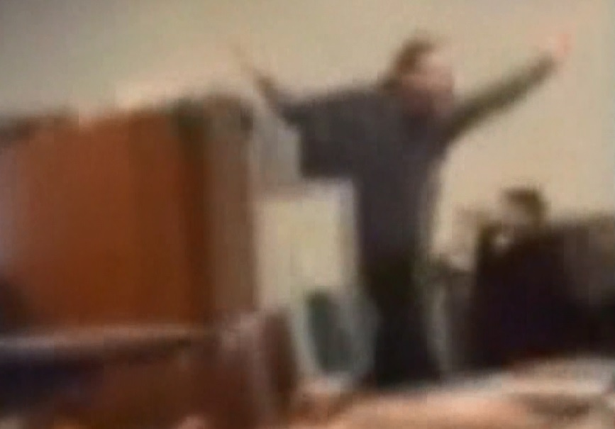 Cell phone video of teacher outburst in Antioch, CA_132671
