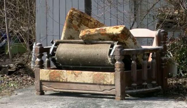 ohio-couch_226457