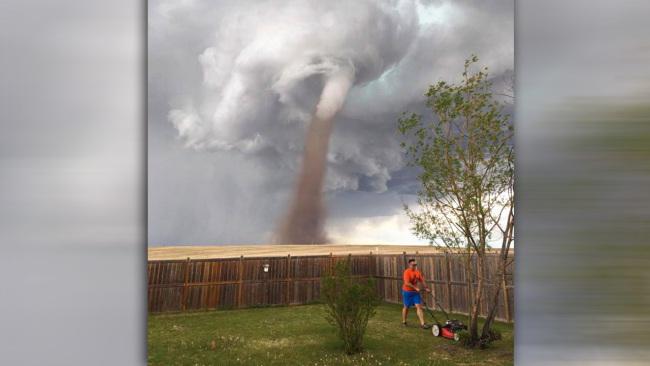 tornado-mowing (1)_270582