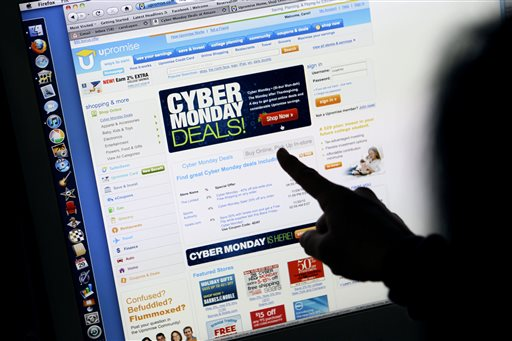 Holiday Shopping Cyber Monday_199237