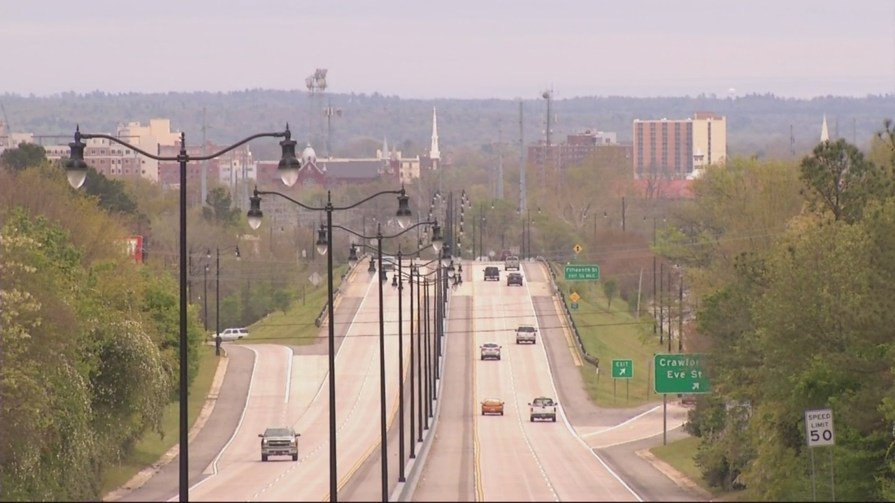 Mayor_Davis_and_the_Calhoun_Expressway___0_20180327221331