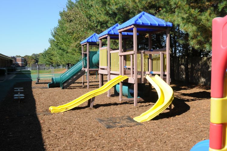 playground generic image_1534401398690.JPG.jpg