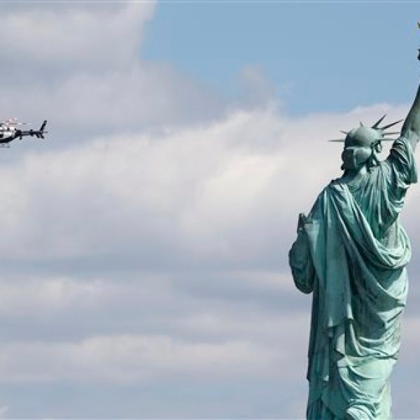 Statue of Liberty Evacuation_77268