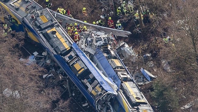 APTOPIX Germany Train crash_108398