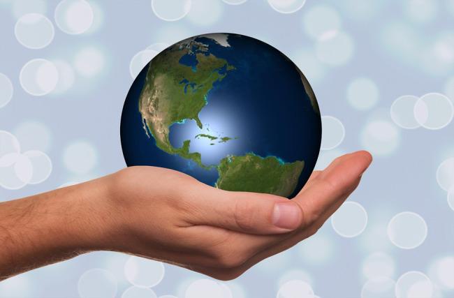 earth-day-globe-in-hand_142609