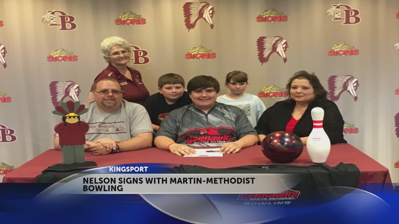 Dobyns-Bennett's Nelson signs with Martin-Methodist bowling