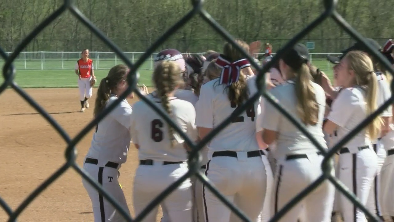 State Line Classic softball results and high school baseball highlights