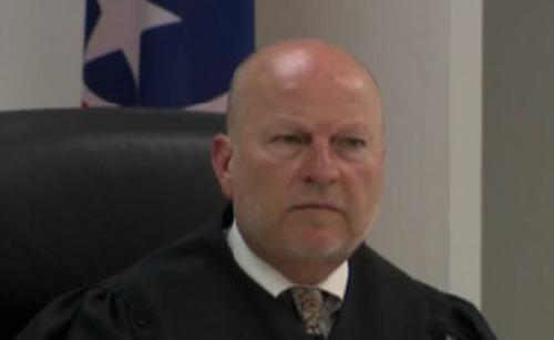 judge offers birth control_372984