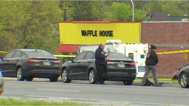 Waffle_House_17_1524431365141_40376668_ver1.0_640_360_1526405913167.JPG