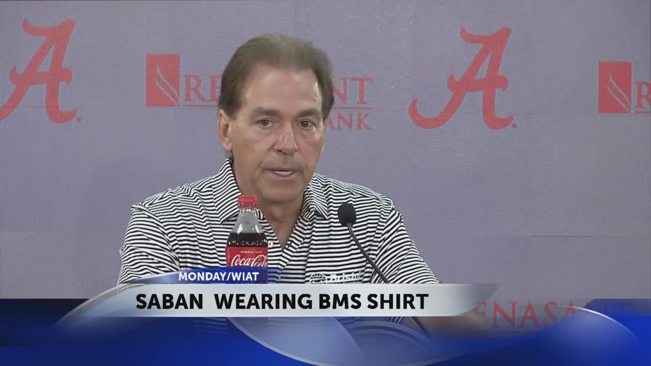 Alabama_coach_Nick_Saban_wears_a_Bristol_0_20180926023146