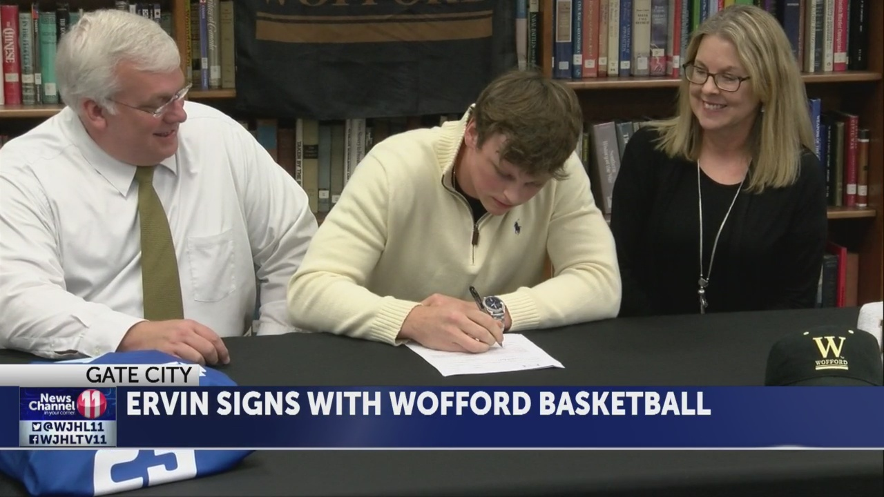 Several_local_student_athletes_sign_nati_0_20181115044226