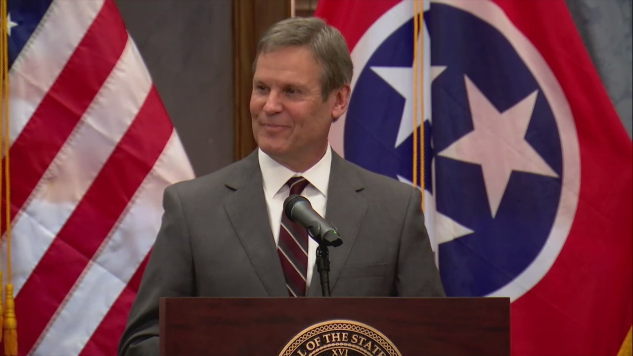 Tennessee_Governor_elect_Bill_Lee_meets__2_20181107164505