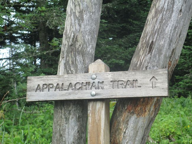 1280px-appalachian_trail_sign_img_4933_219826