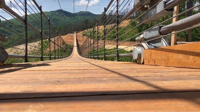 Gatlinburg-suspension-bridge _OP_15_CP__1557259417648.jpg_86548808_ver1.0_640_360_1557266775221.jpg.jpg