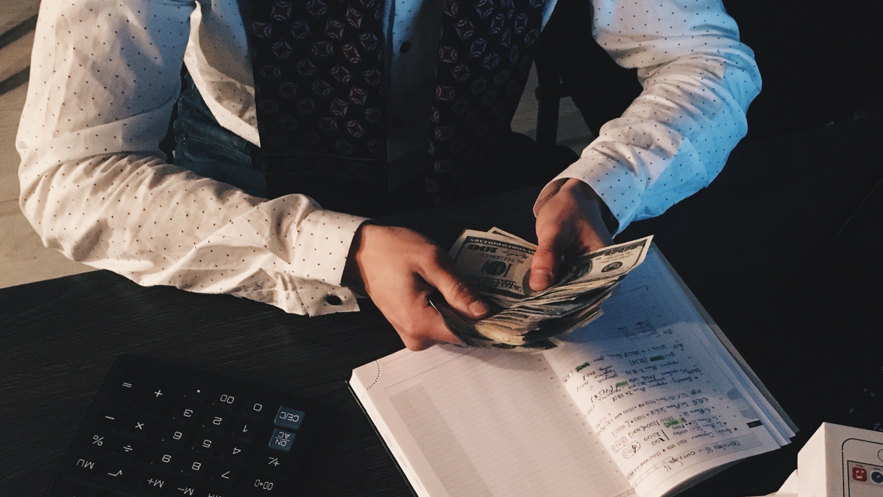 owe-money-taxes-bill-statement_1518643292496_342298_ver1_20180215054503-159532