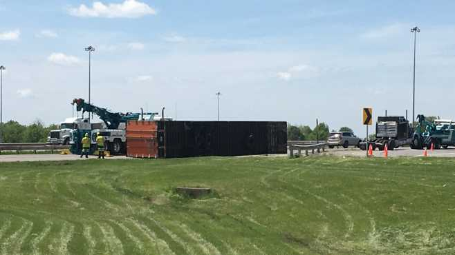 18-wheeler carrying bricks rolls over on Ohio Turnpike