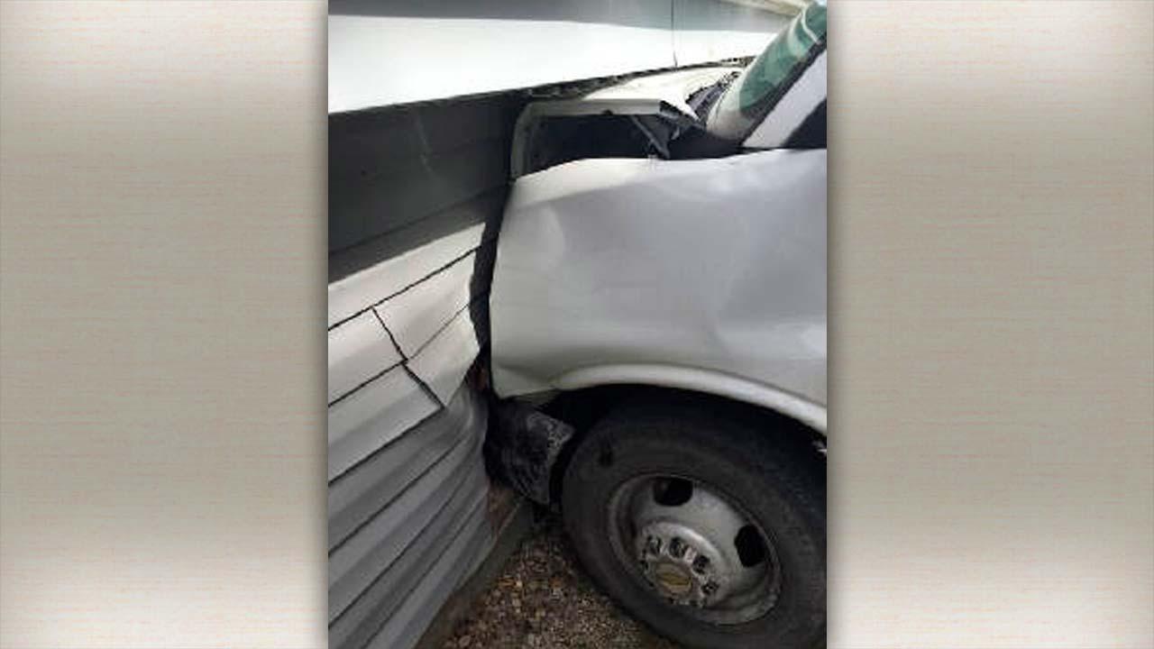FedEx truck crashes into building in Mesopotamia Twp