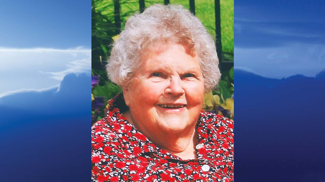 Betty P. Davis, Warren, Ohio - obit