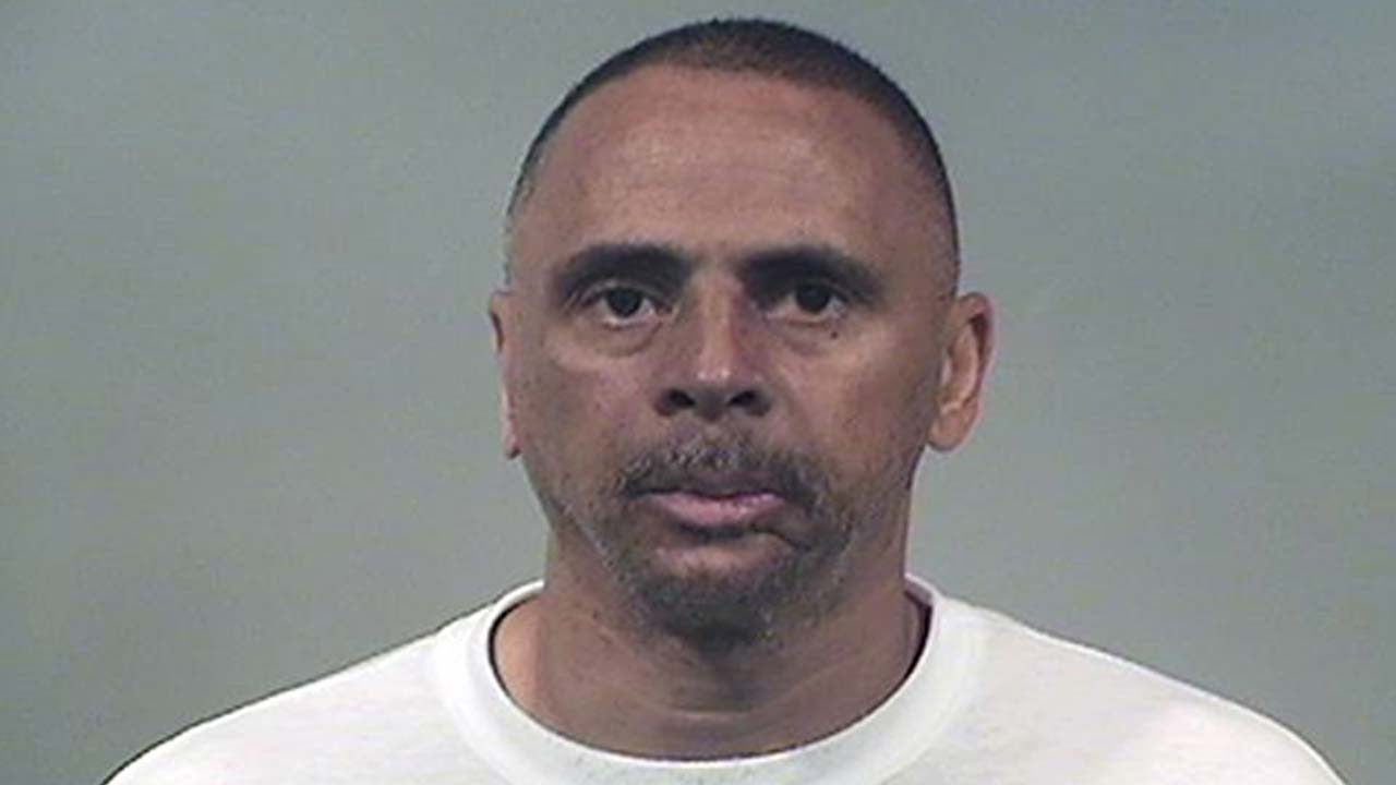 Ronald McDonel, charged with robbery in Niles, Ohio
