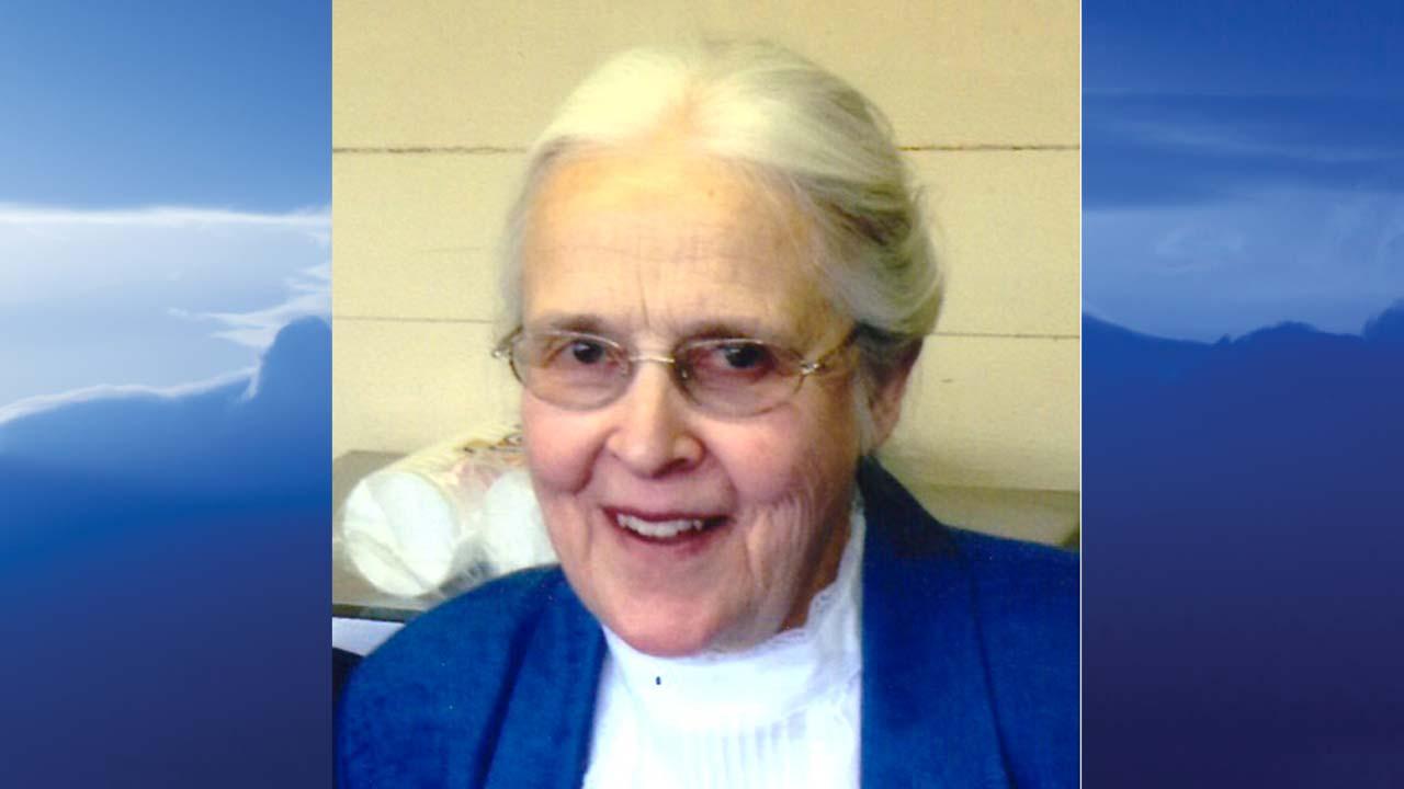Elizabeth Hawkins, Salem, Ohio-obit