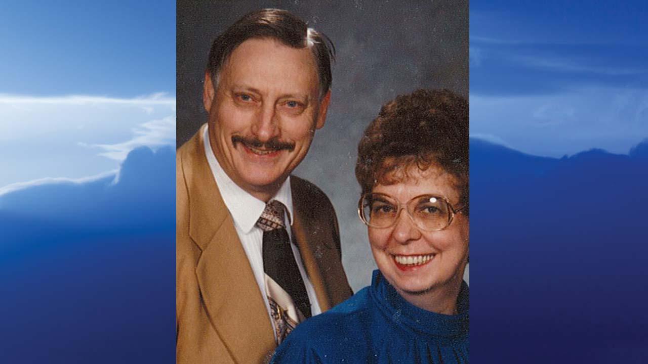 John K. and Shirley A. Poole, Warren, Ohio - obit