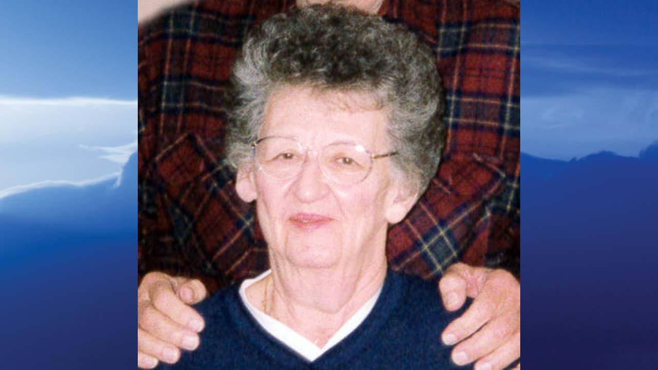 Shirley M. Tunnat, Lisbon, Ohio-obit