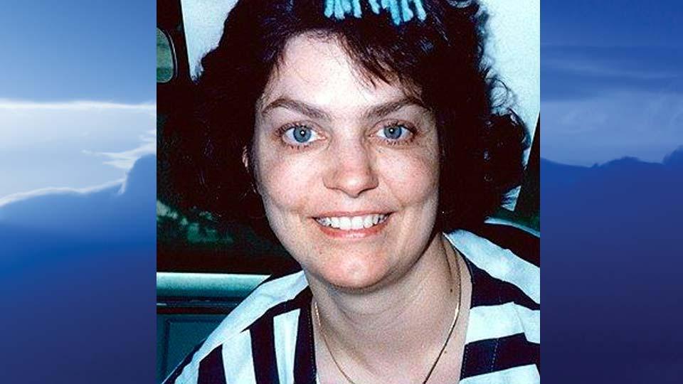 Elaine Marie Locketti, North Lima, Ohio - obit