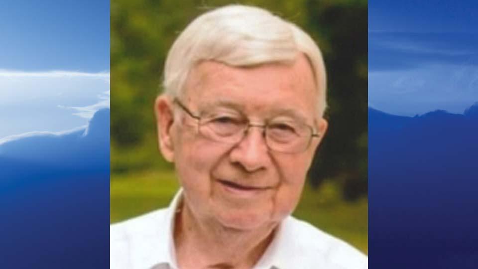 Robert M. Bishop, Austintown, Ohio - obit