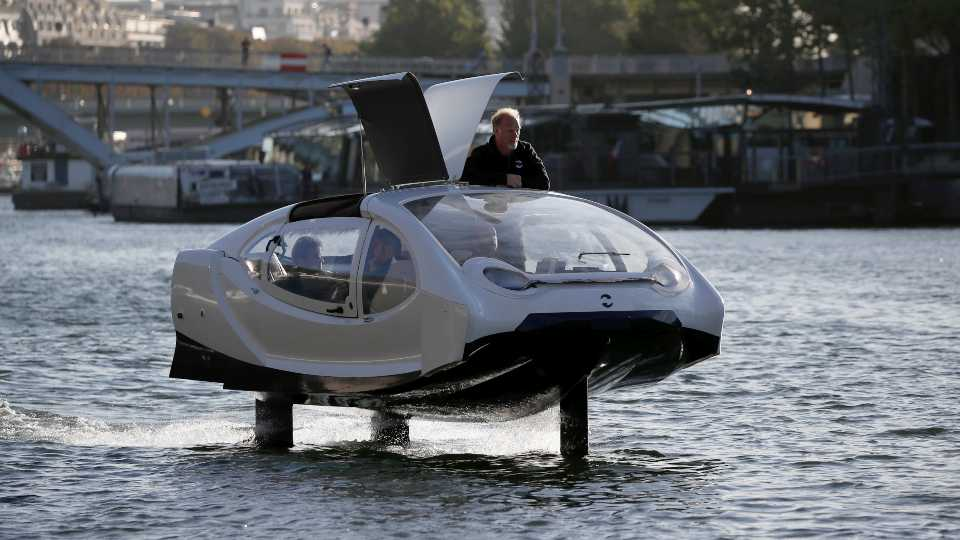 Paris SeaBubbles water taxi