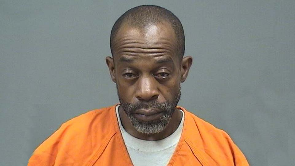Lamott Spragling, charged with drug and gun possession in Youngstown.