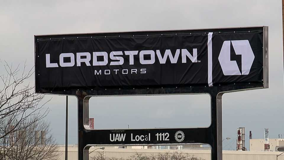 Over a year since General Motors announced it would stop production at its Lordstown plant, a new sign is taking the place where the GM Lordstown complex sign once stood.