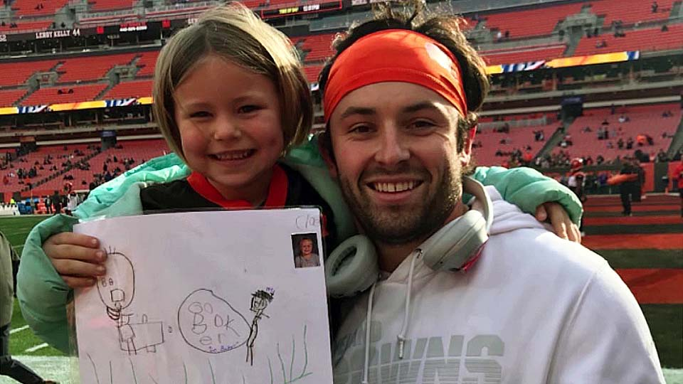 Warren student Cloie and Cleveland Browns' Baker Mayfield