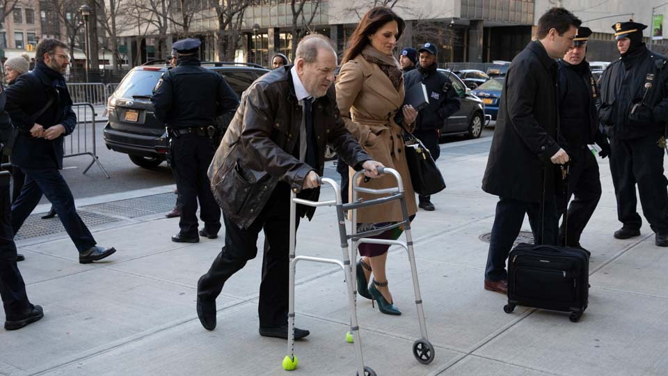 Harvey Weinstein and his attorney Donna Rotunno arrive at a Manhattan courthouse